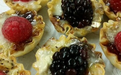 Holiday Entertaining: Warm Brie & Berry Tartlets